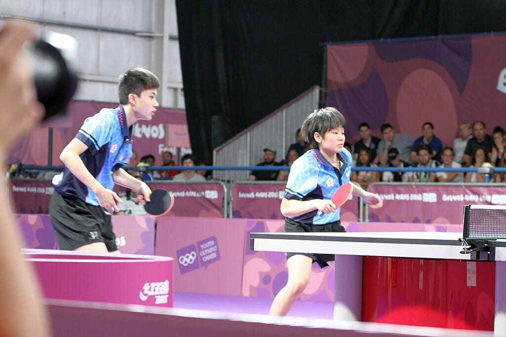 Table tennis doubles game