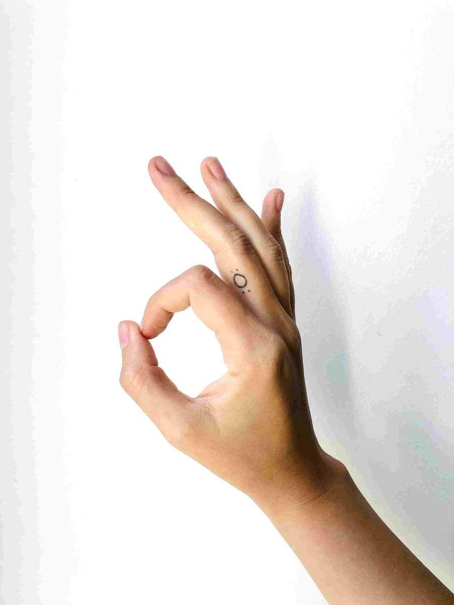 Hand gesture to signal serve